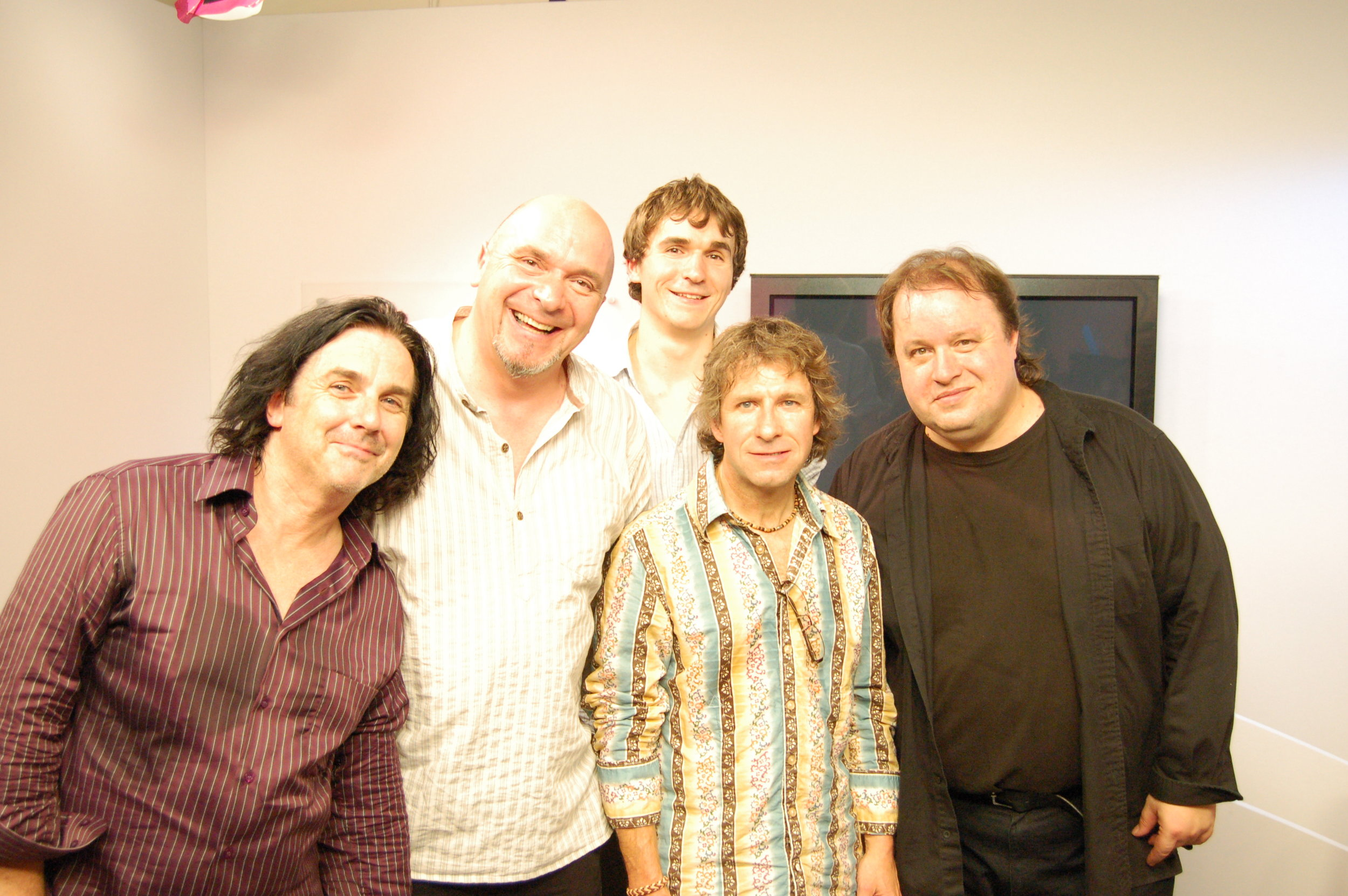 nick--scott-with-marillion_5059128895_o.jpg