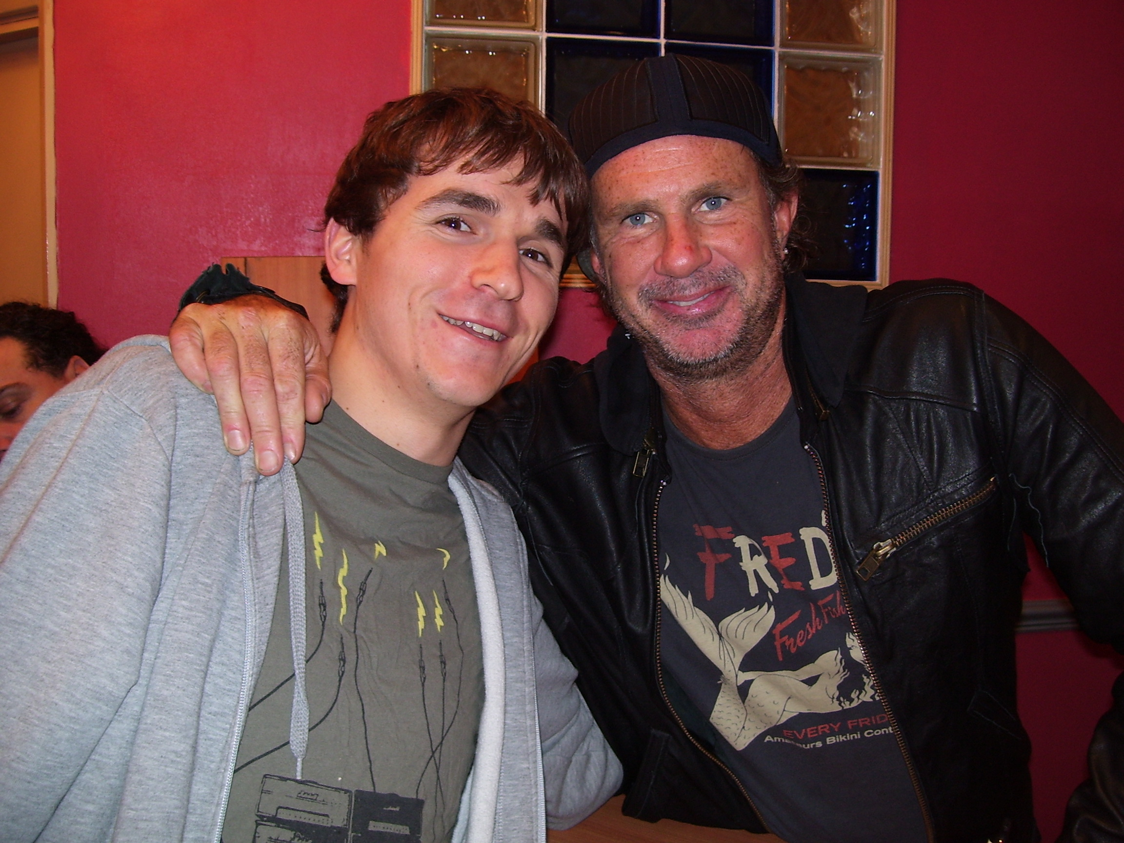 scott-with-drummer-chad-smith-from-the-red-hot-chili-peppers_5030457261_o.jpg