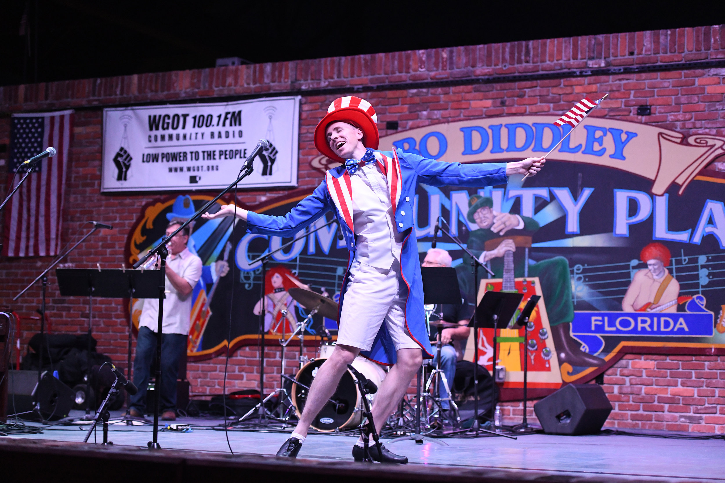Will Winter at Free Fridays All American Song Fest (photo by Suzanna Mars).jpg