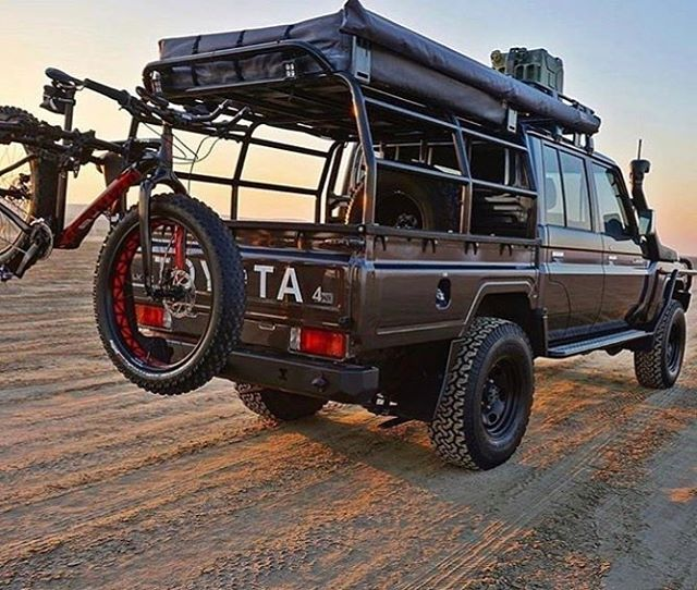 It's the weekend lets hit it #Thule #toyota #landcruiser #bfgoodrich #hyperdrivenz