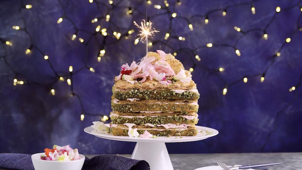 Baklava Yoghurt Sponge Cake - Beautiful layers of fillo, sponge, yoghurt & pistachios.