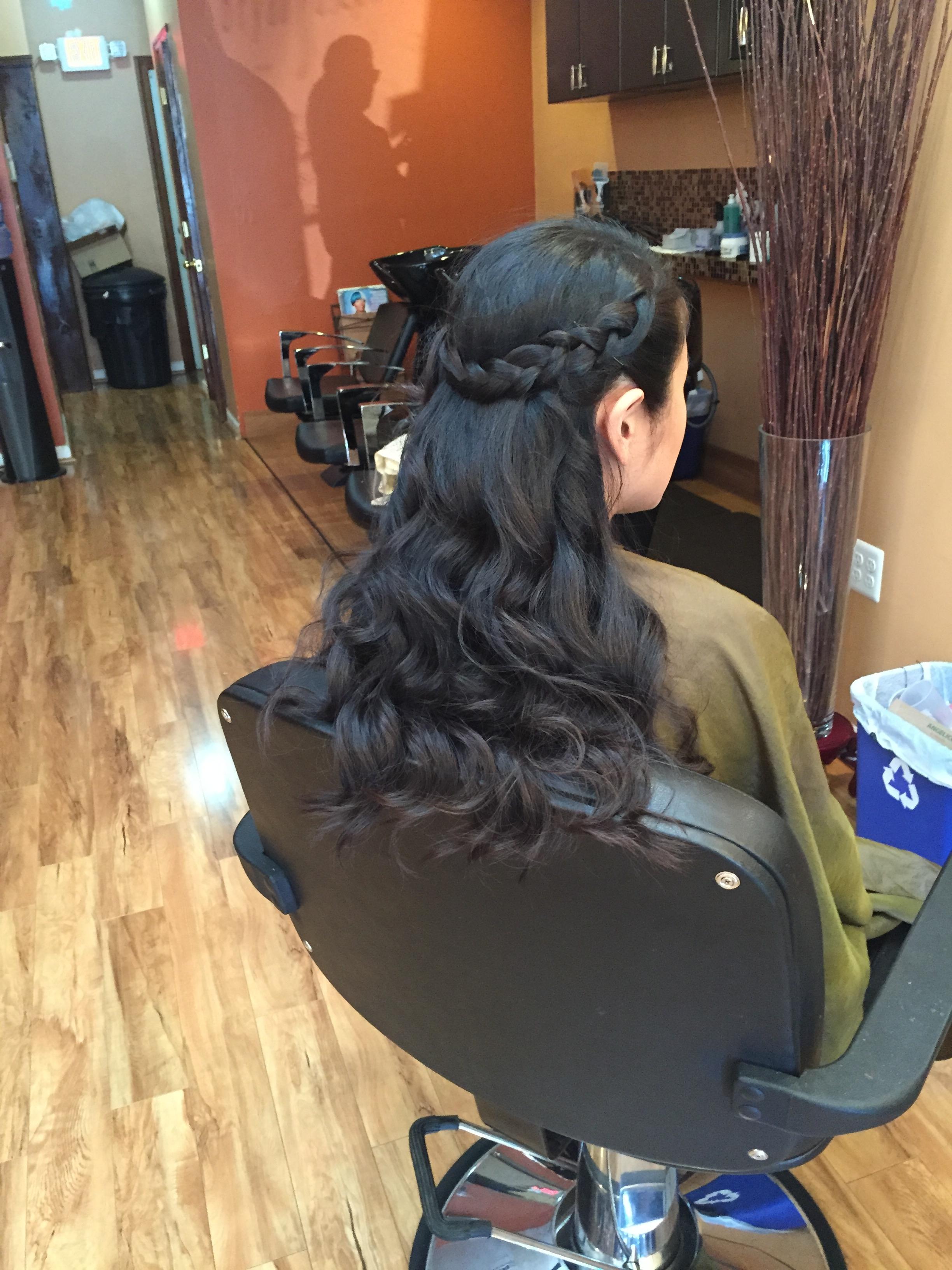 Blow-out. Wand curls. Crown Goddess Braid