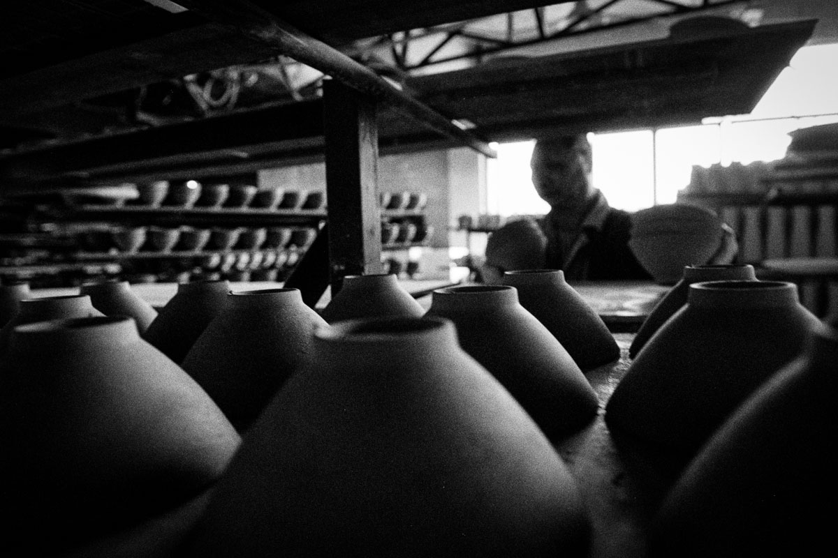 Shine Huang | Fine China – a story about traditional porcelain makers