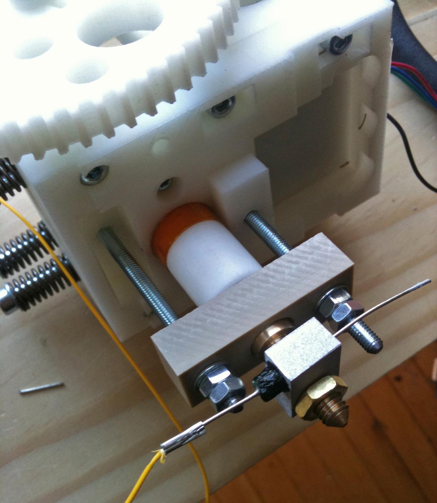 V2 extruder head 01.jpg