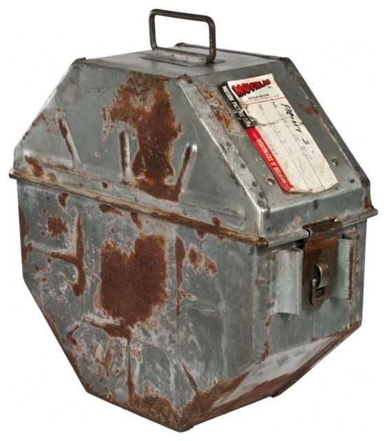 reel canister.jpg