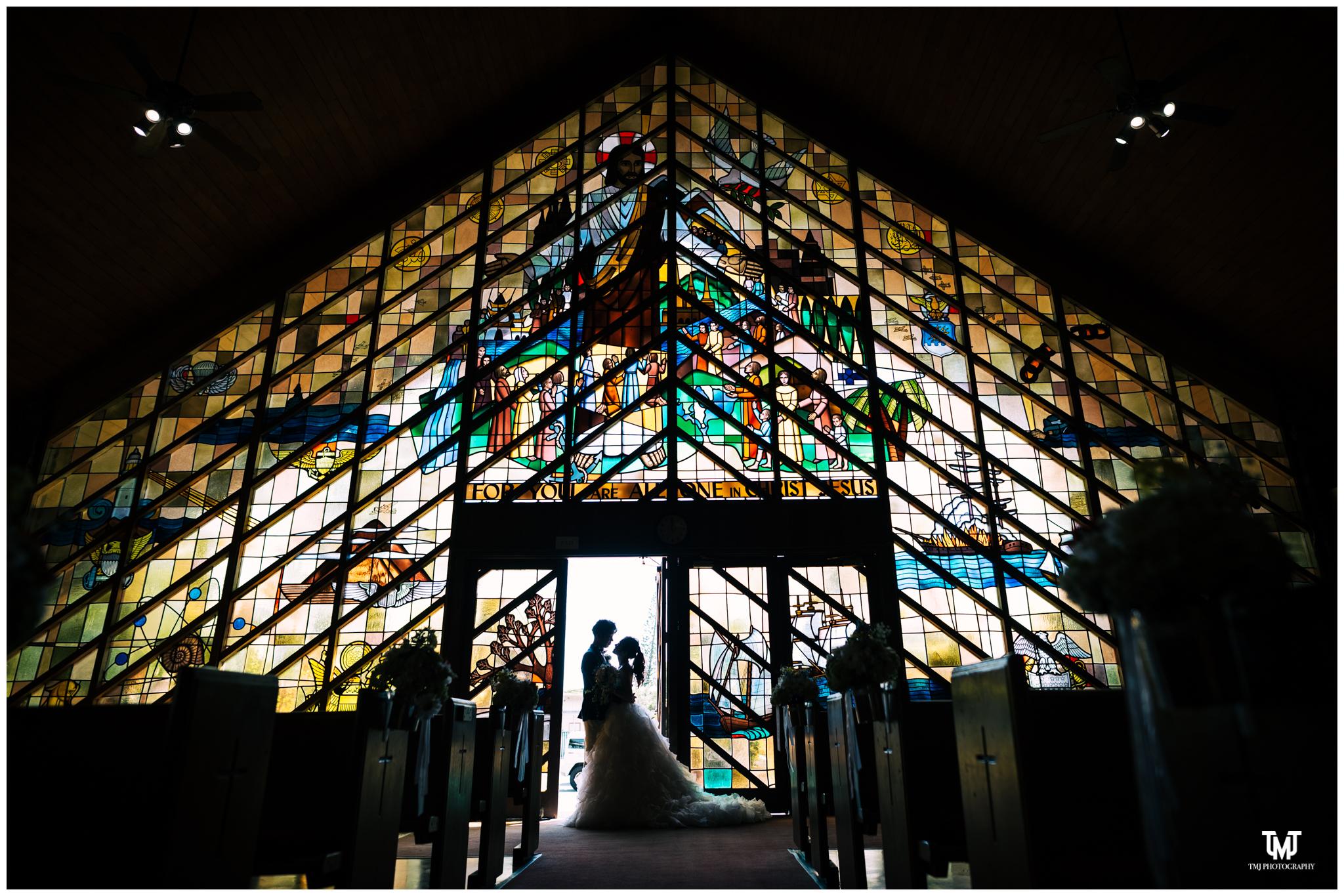 Moanalua Garden Church Hawaii Destination Wedding Photography 049.jpg