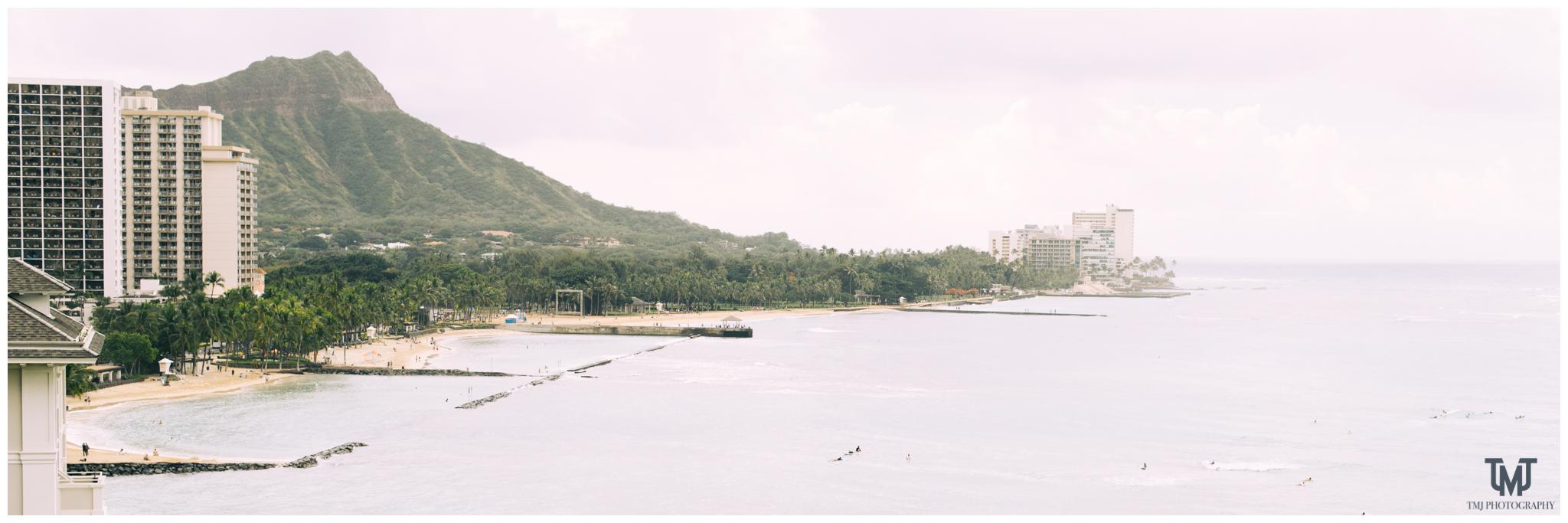 Moana Surfrider Terrace By The Sea Honolulu Destination Wedding 007.jpg