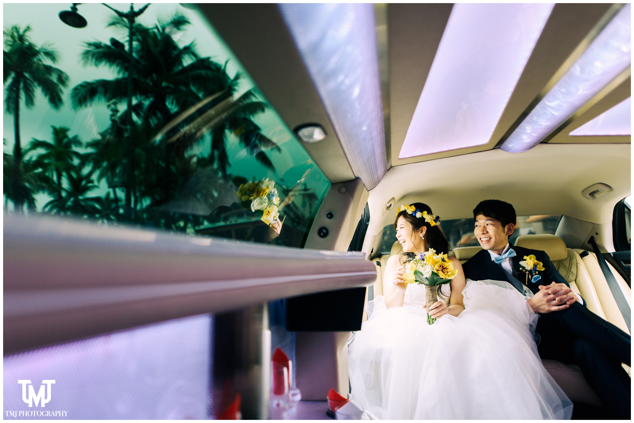 Moana Surfrider Terrace By The Sea Honolulu Destination Wedding 017.jpg