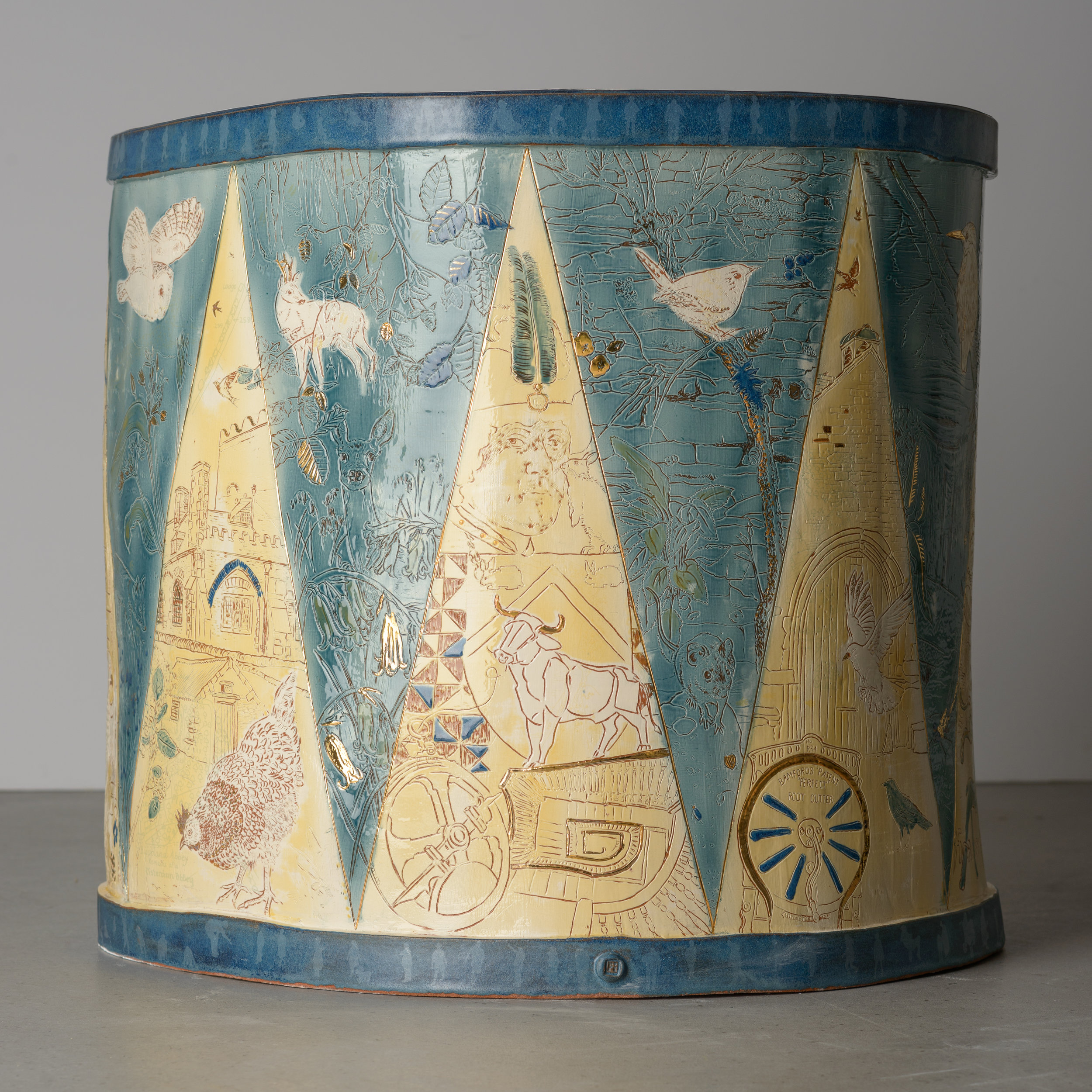 A World Encompassed. Handbuilt Illustrated Ceramic Drum. 60cms x 60 cms Photo credits Helge Mruck
