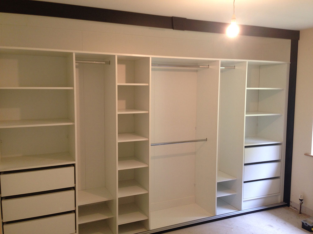 sliding-wardrobe-11b.jpg