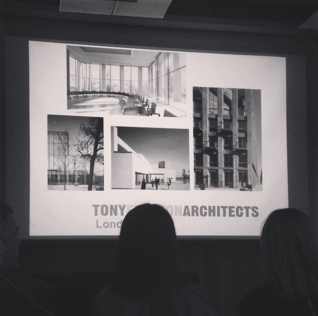 04/2016 - Tony Fretton foreleste på AHO - skarp arkitektur og britisk humor.