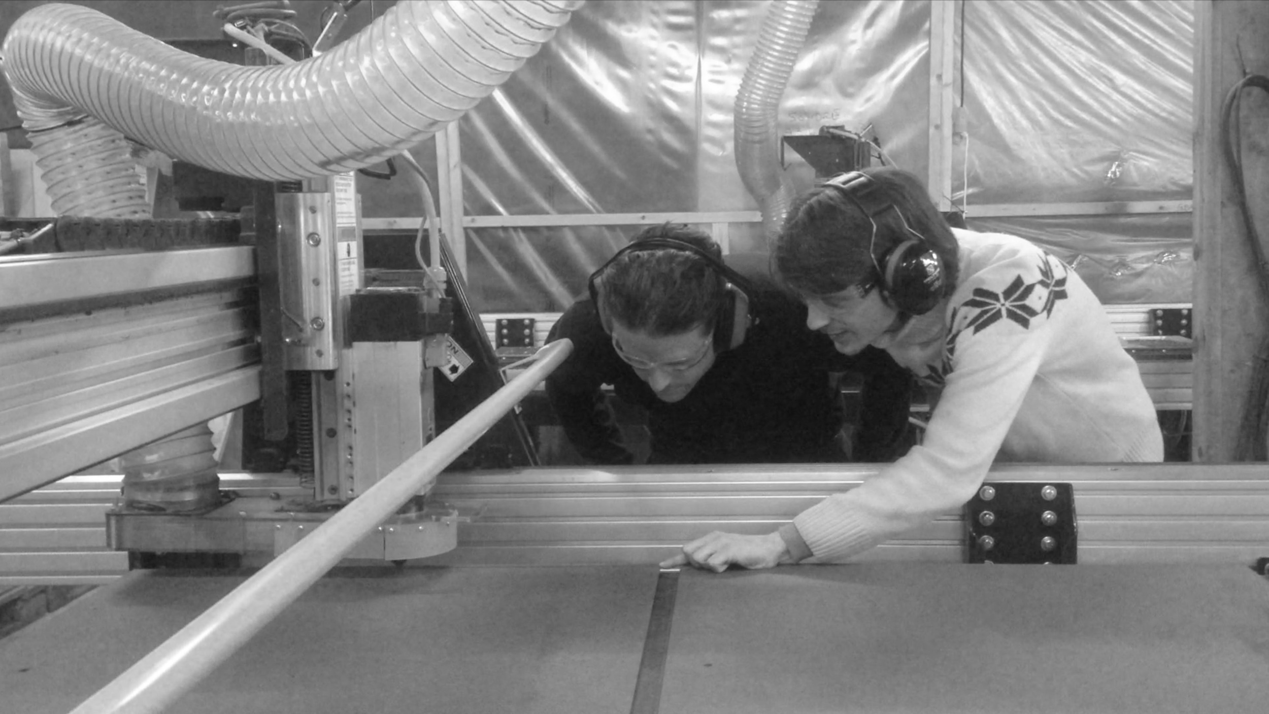 01/2016 - Selvproduksjon av skapfronter til kontoret på Fellesverkstedet.