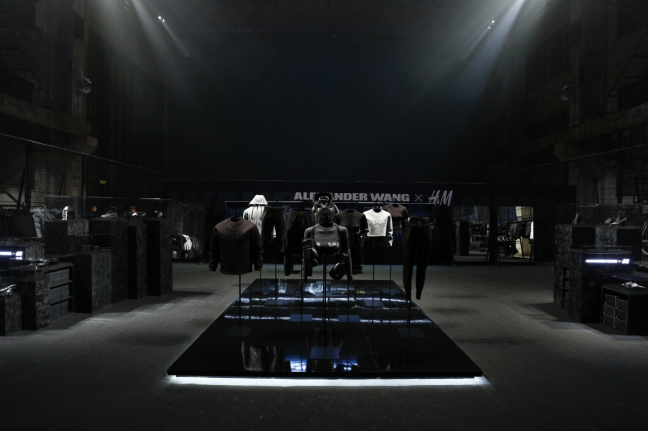Alexandre Wang x H&M - ShangaïEvent    OBO - Set Designer