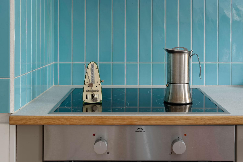 Prepare coffee using a metronome