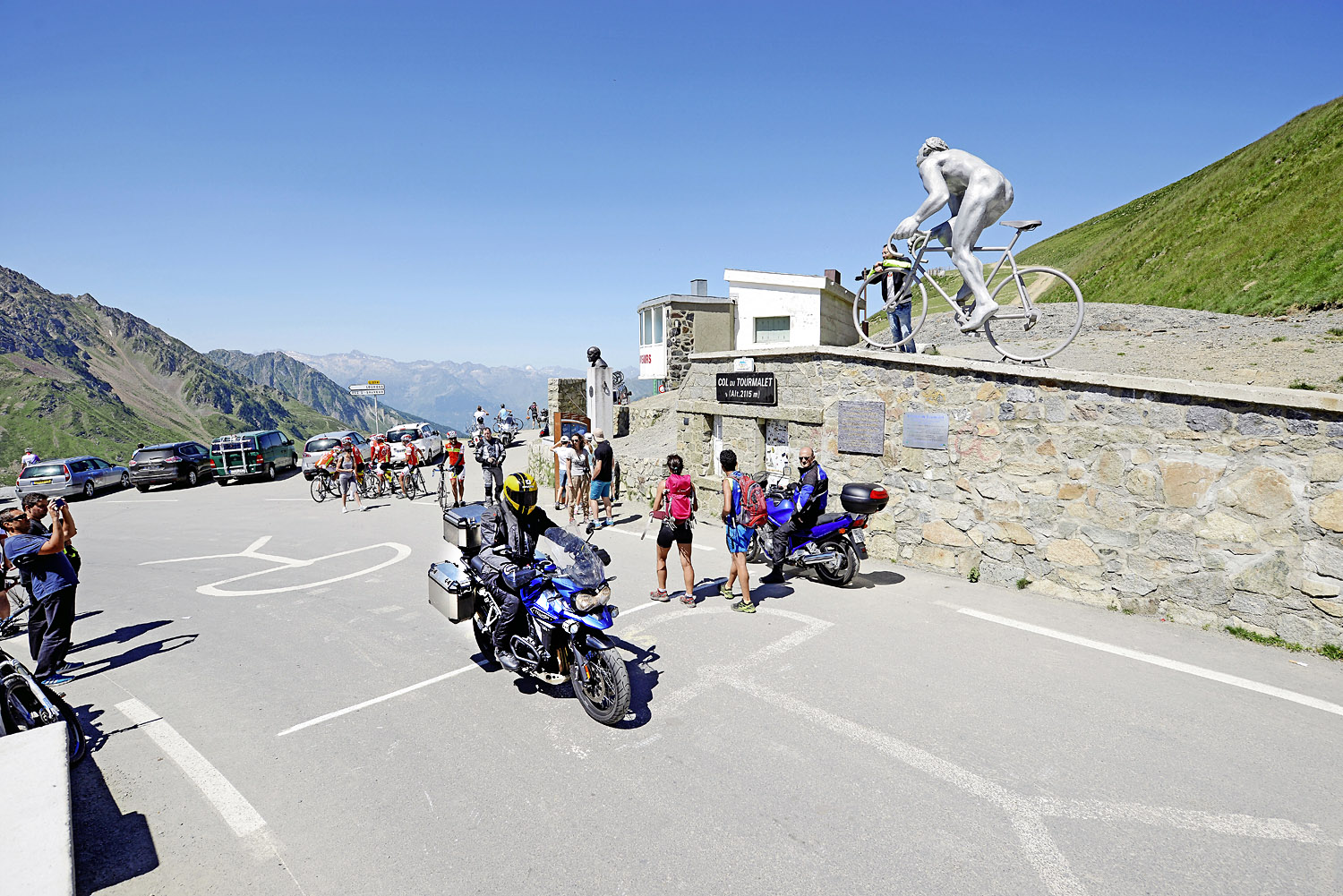 It's always busy at the top of Col du Tourmalet