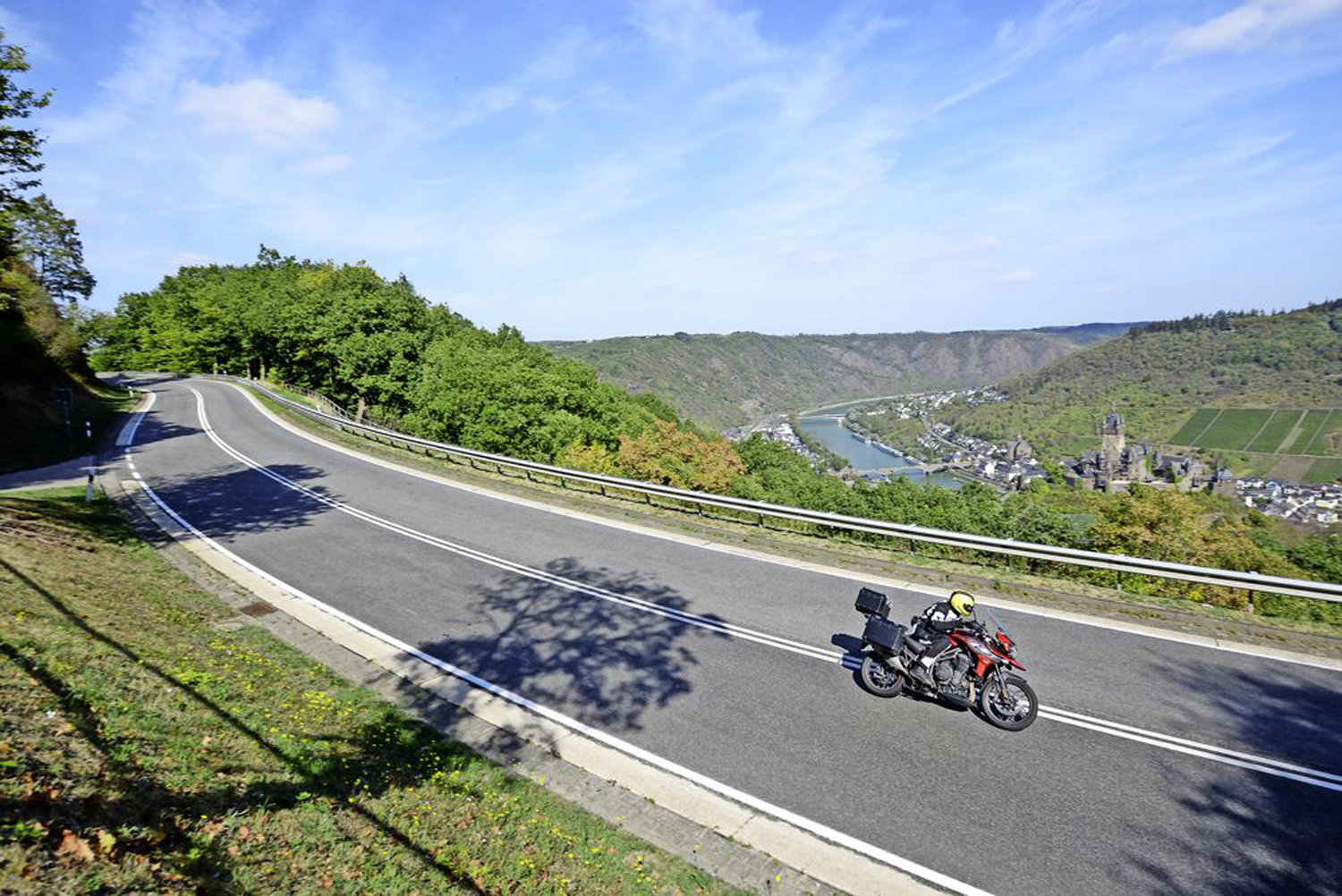 Some stunning views are to be had when riding alongside the Moselle river