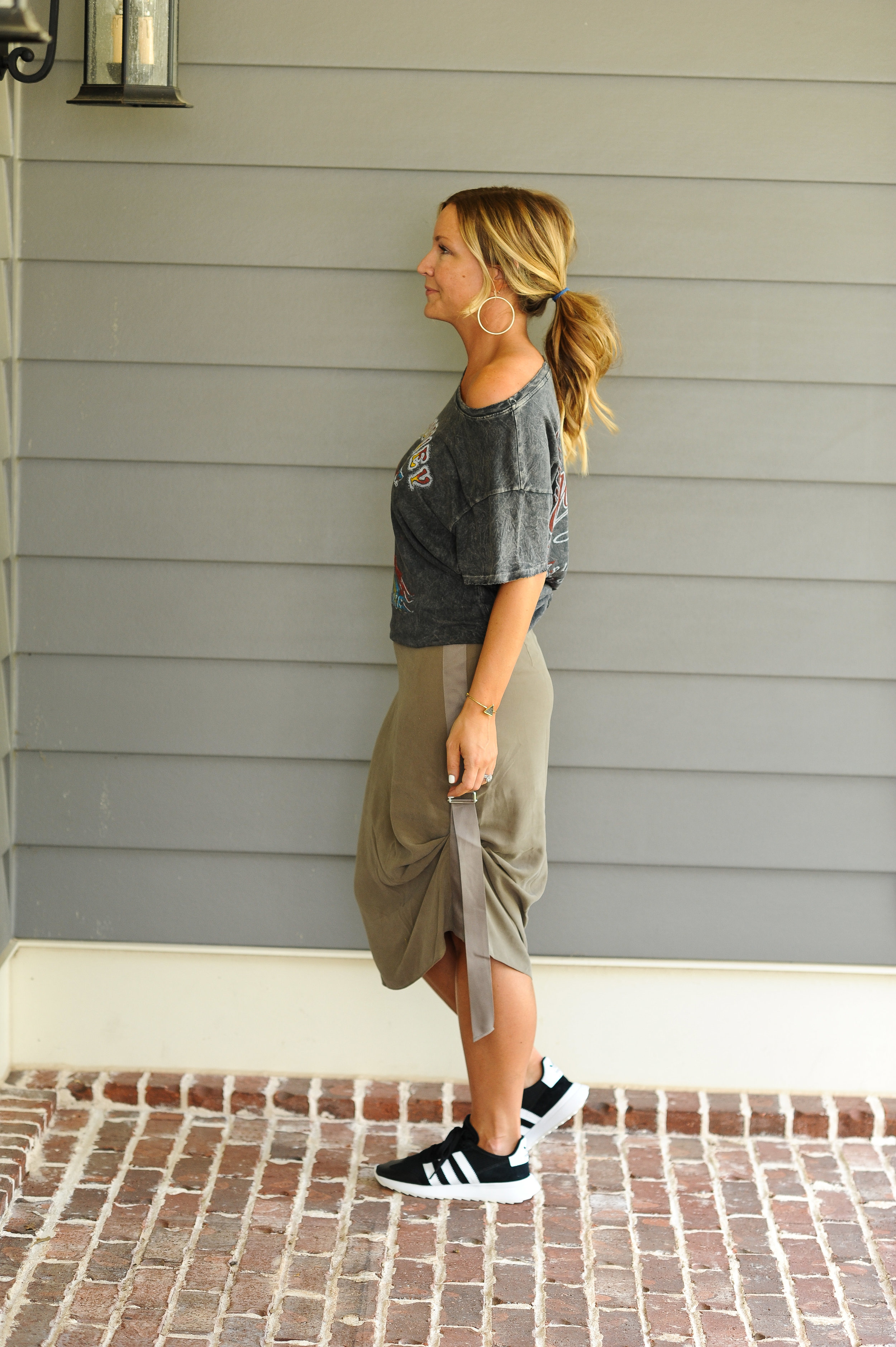 trouve skirt casual 2.jpg
