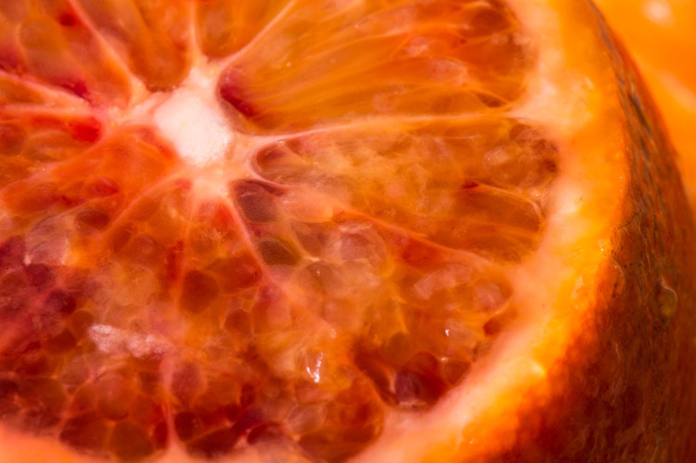 Capreolus-distillery-Eaux-Eau-De-Vie-Gin-Schnapps-Brandy-Brandies-Vies-production-fruit-distilling-garden-tiger-botanicals-plants-fruit-fruits-003.jpg