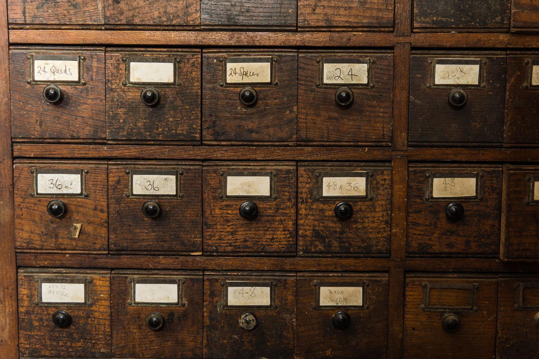 Capreolus-distillery-Eaux-Eau-De-Vie-Gin-Garden-Tiger-bottle-design-packaging-print-letterpress-two-wood-traditional-press-graphic-embossed-005.jpg