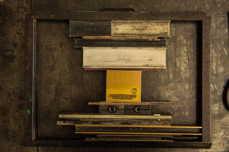 Capreolus-distillery-Eaux-Eau-De-Vie-Gin-Garden-Tiger-bottle-design-packaging-print-letterpress-two-wood-traditional-press-graphic-embossed-006.jpg