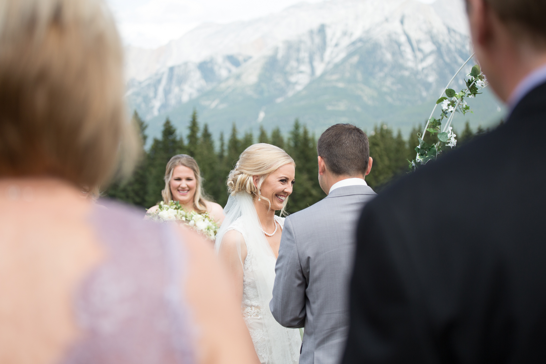 Canmore wedding photography outdoor ceremony