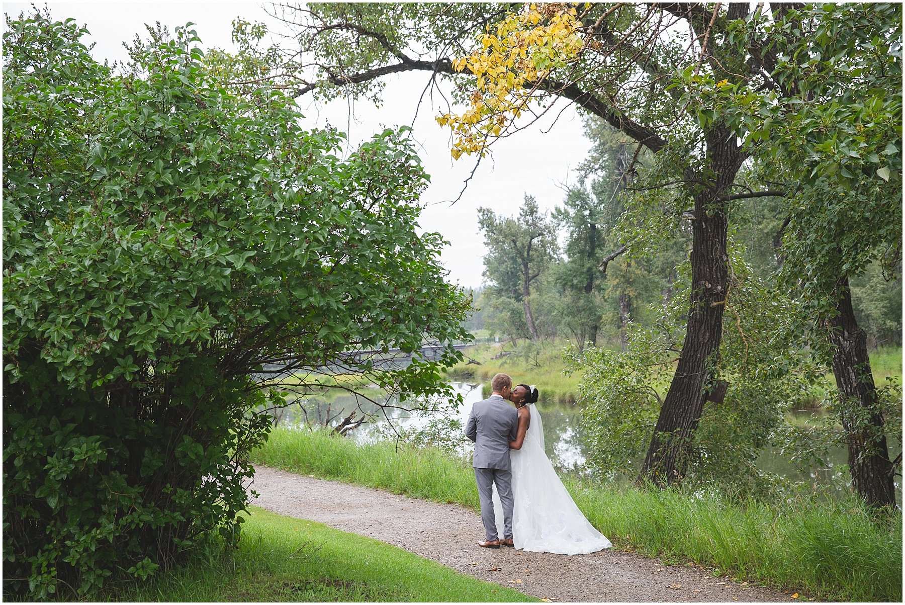 Inglewood Bird Sanctuary wedding photograph