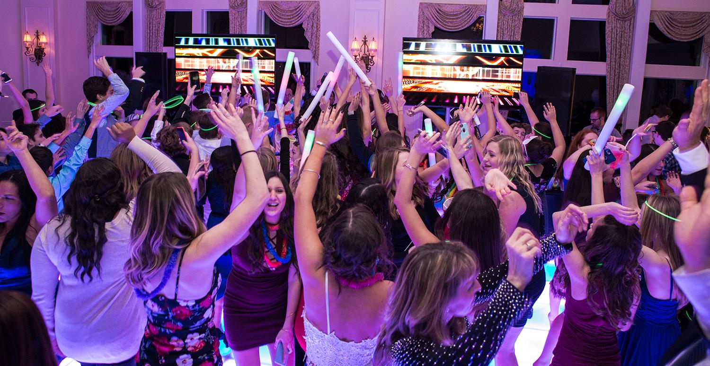 Shur Dancing4 (1 of 1).JPG