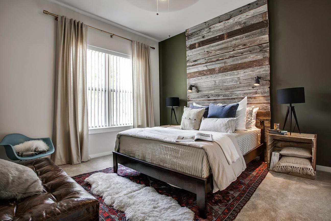 CW_MaleModel_Bedroom.jpg