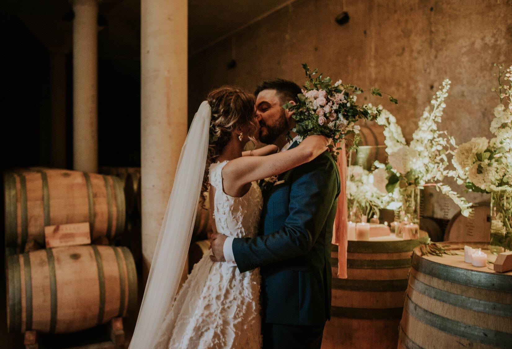 Laura y Eduardo: una boda elegante, cuidada y familiar