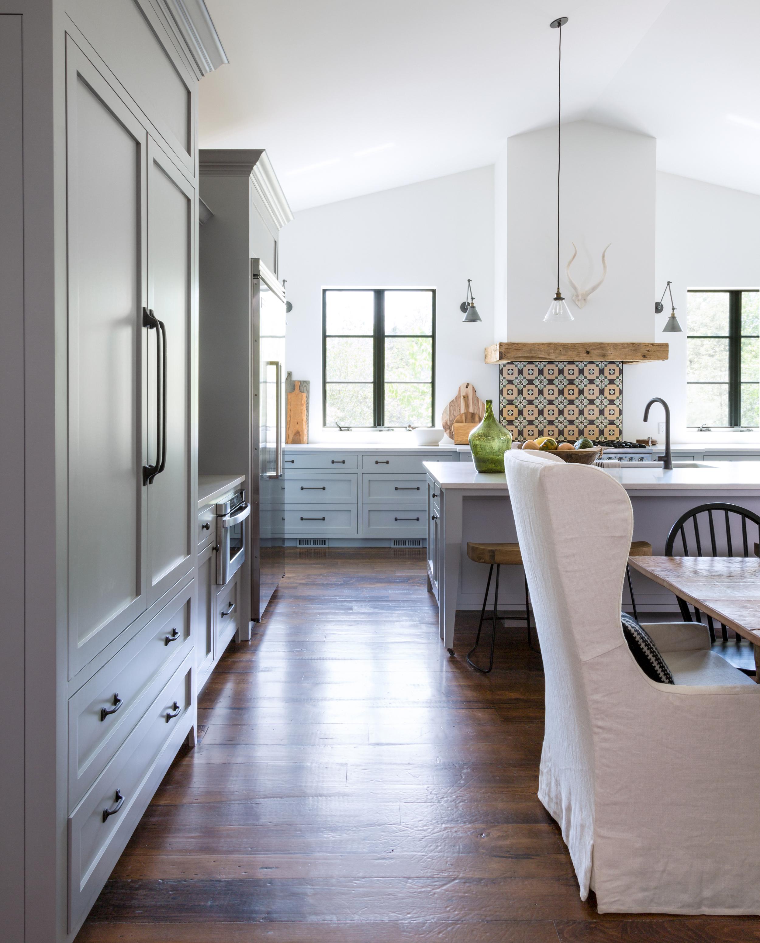 Dundas kitchen cropped.jpg
