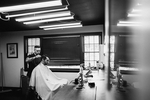 Love this picture from our last shoot with @lsstudios they captured @bsb_barberclassics in his natural habitat honing his laser percision. • • • • #supportyourlocalbarber #barbersconnect #menshair #hair #barbershop  #classicbarber #internationalbarbers #local #connecticut #860 #coffeeshop #barbershopcoffeeshop  #connecticutbarber  #newhair #ct #hairstyle #pomade #qualityoverquantity #mensfashion #style #skinfade #maleimage  #barbersinctv #beard #shave  #razorhaircut #staysharp #barbers #showcasebarbers #dimichelesbarbershop