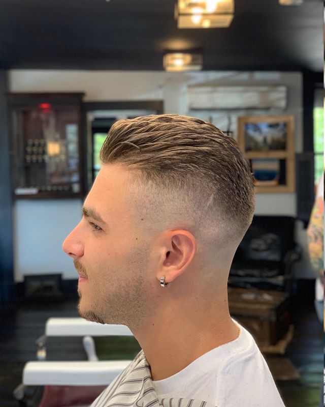Another happy customer  Come visit @bsb_barberclassics at the shop today from 9am-4pm #walkinswelcomed • • • #supportyourlocalbarber #barbersconnect #menshair #hair #barbershop  #internationalbarbers #local #connecticut #860 #coffeeshop #barbershopcoffeeshop  #connecticutbarber  #newhair #ct #hairstyle #pomade #qualityoverquantity #mensfashion #style #skinfade #maleimage  #barbersinctv #beard #shave  #razorhaircut #staysharp #barbers