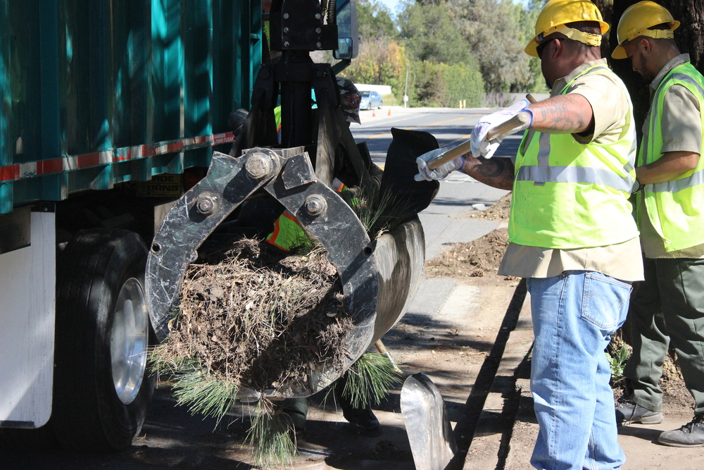 Clean Streets LA crew cleared a sidewalk in Woodland Hills covered in thousands of pounds of dirt, rock and debris.