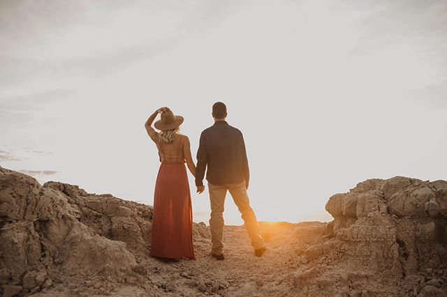Sorry....sorry about posting twice in one day....psych.... Literally losing my mind over this Badlands sunrise session!!!! . . . . .  #elopement #weddingphotographer #weddingvideographer #elopementphotographer #adventurouswedding #bohowedding #bohobride #indiewedding #indiebride #greenweddingshoes #belovedstories #dirtybootsandmessyhair #lookslikefilm #radlovestories #wanderingweddings #wanderingvideographers #filmmaker  #videography #wedneb #wedpioneer #midwestphotographer #midwestvideographer #wedkc #lnkbride #lincolnbride #coloradobride #nebraskawedding #nebraskabride #honeypreset
