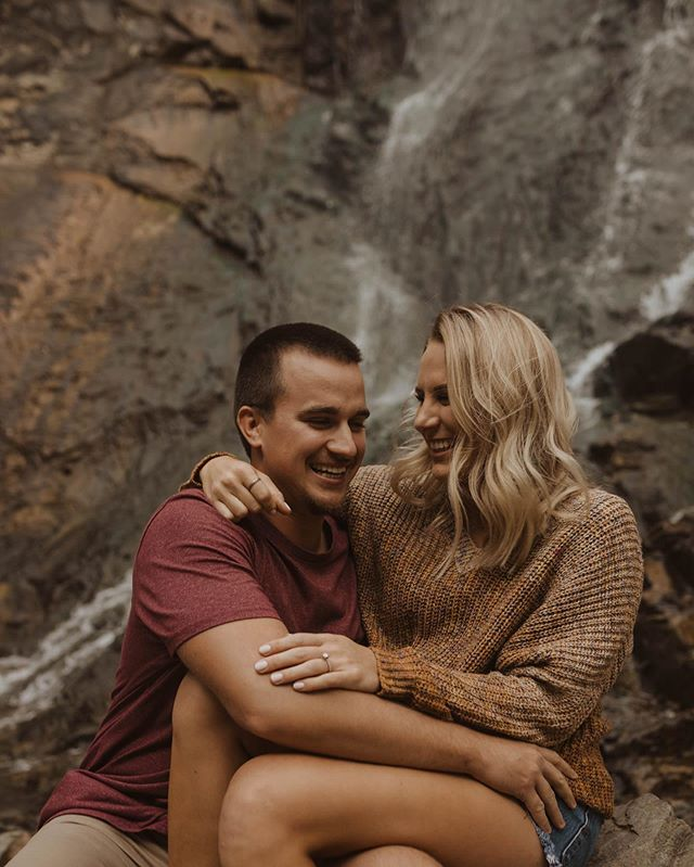 Waterfall hangs with Garrett + Morgan! We can't believe some of the places we've been this week actually exist in South Dakota! 😆✨✨ . . . . .  #elopement #weddingphotographer #weddingvideographer #elopementphotographer #adventurouswedding #bohowedding #bohobride #indiewedding #indiebride #greenweddingshoes #belovedstories #dirtybootsandmessyhair #lookslikefilm #radlovestories #wanderingweddings #wanderingvideographers #filmmaker  #videography #wedneb #wedpioneer #midwestphotographer #midwestvideographer #wedkc #lnkbride #lincolnbride #coloradobride #nebraskawedding #nebraskabride