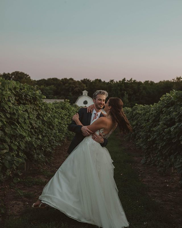 We think we're officially Nebraska wedding photographers now because we got to shoot at the famous Historic Arbor Day Farms and it gave us the perfect sunset for Becca and Will 💗💗😍 . . . . .  #elopement #weddingphotographer #weddingvideographer #elopementphotographer #adventurouswedding #bohowedding #bohobride #indiewedding #indiebride #greenweddingshoes #belovedstories #dirtybootsandmessyhair #lookslikefilm #radlovestories #wanderingweddings #wanderingvideographers #filmmaker  #videography #wedneb #wedpioneer #midwestphotographer #midwestvideographer #wedkc #lnkbride #lincolnbride #coloradobride #nebraskawedding #nebraskabride
