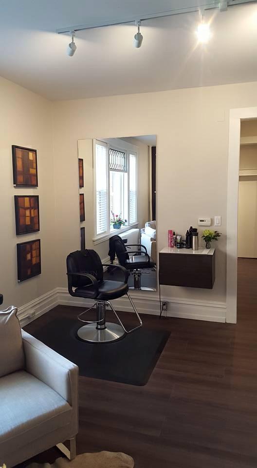 Hair Studio Cutting Room