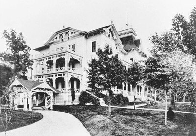 Rockefeller's rambling retreat at Forest Hill, which was briefly run by the family as a hotel. (Courtesy of the Rockefeller Archive Center)