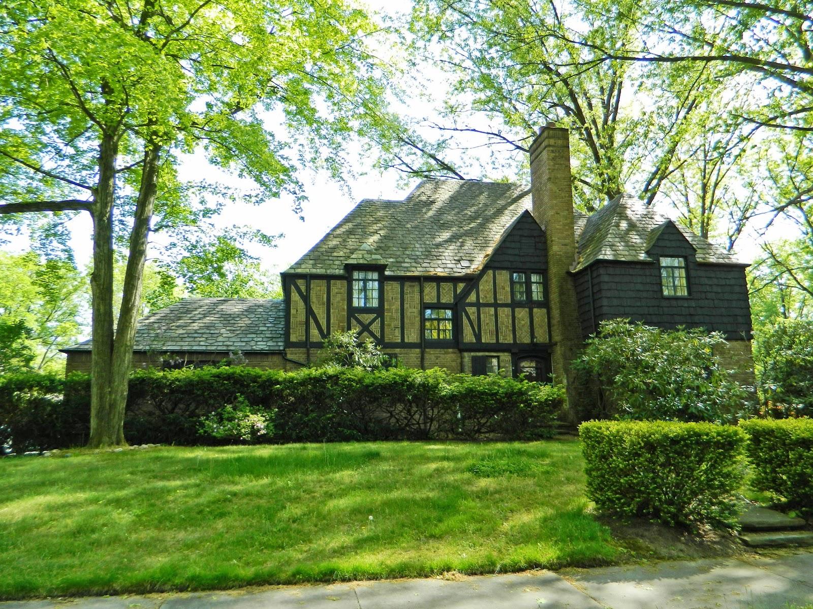 2013051528 Cleveland Heights 15548 Brewster.jpg