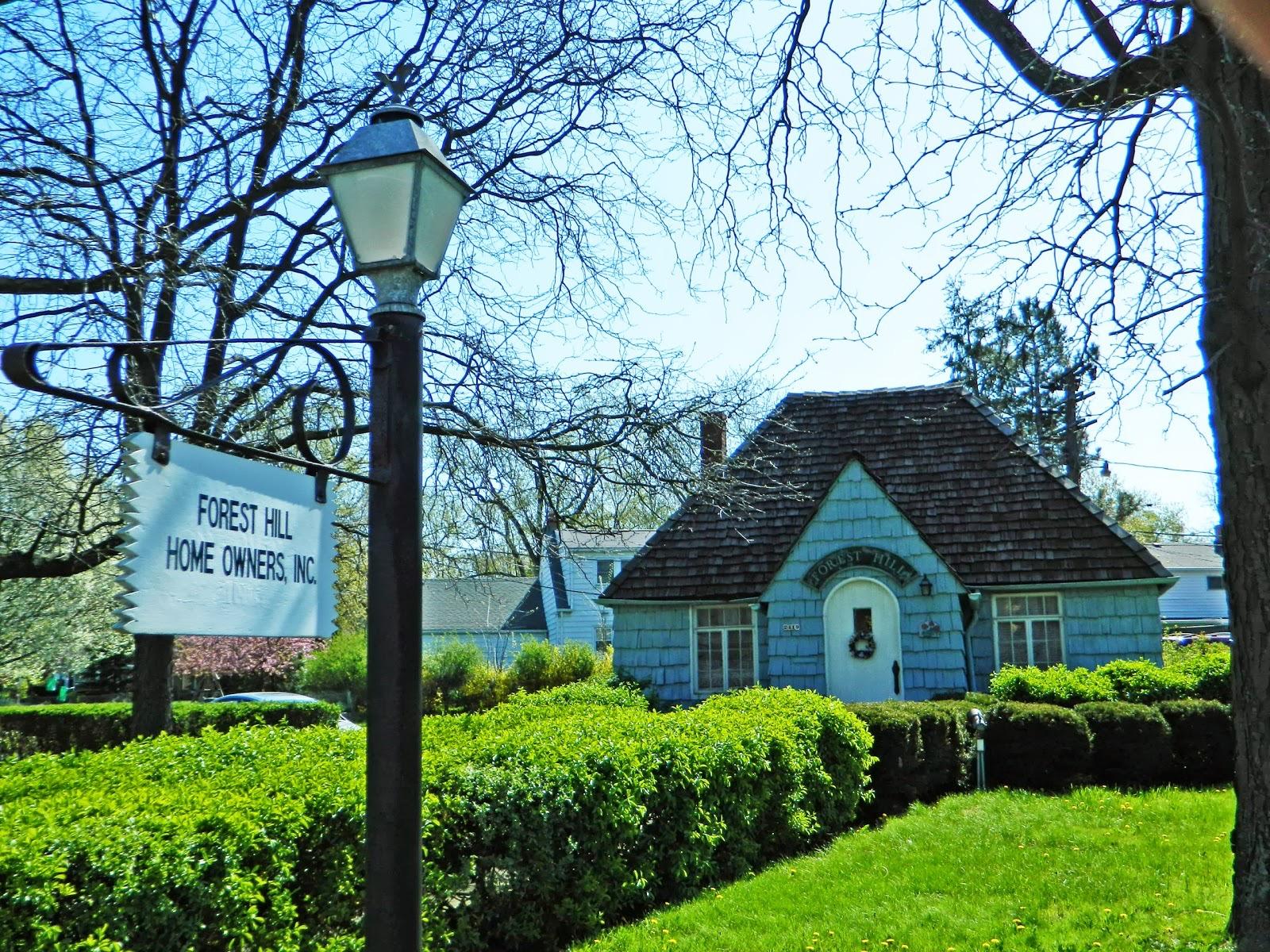 20130430005 Cleveland Hgts Forest Hills Blue Cottage 3.jpg