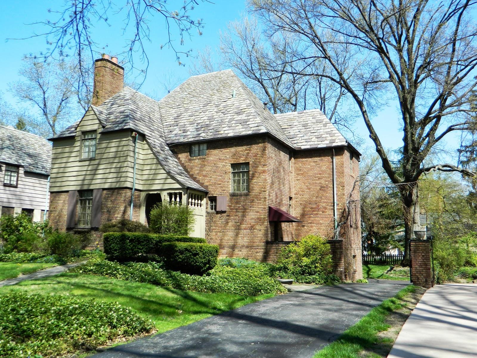 20130430049 E Cleveland Forest Hills 16201 Brewster.jpg