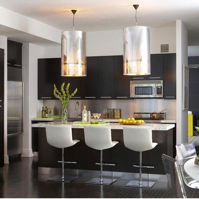 NYC Loft designed by @michellegersoninteriors  #michellegersoninteriors  #mgid #homedecor  #homedesign  #kitchen #kitchendesign #loft #design  #decor #interiors #interiors.  #interiordesign  #interiorstyle