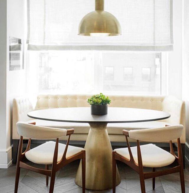 Kitchen Nook designed by @michellegersoninteriors  Photo by @patrickcline_  #michellegersoninteriors  #mgid #kitchen #kitchendesign #banquette  #bespokefurniture  #bronze #decor  #design  #homedecoration  #homedesign #homedecor #interiors #interiordesign #interiorstyle  #style #vintage