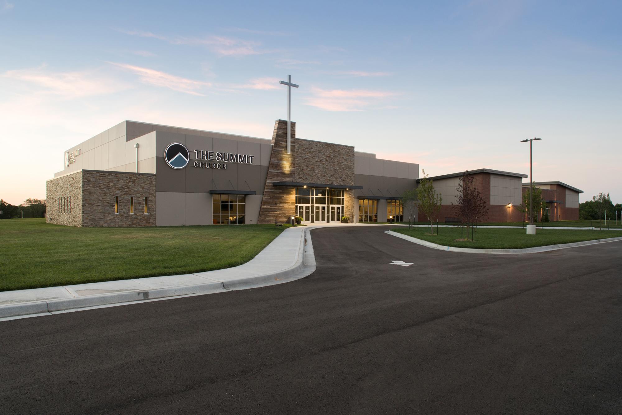 The Summit Church, Lee's Summit, Missouri
