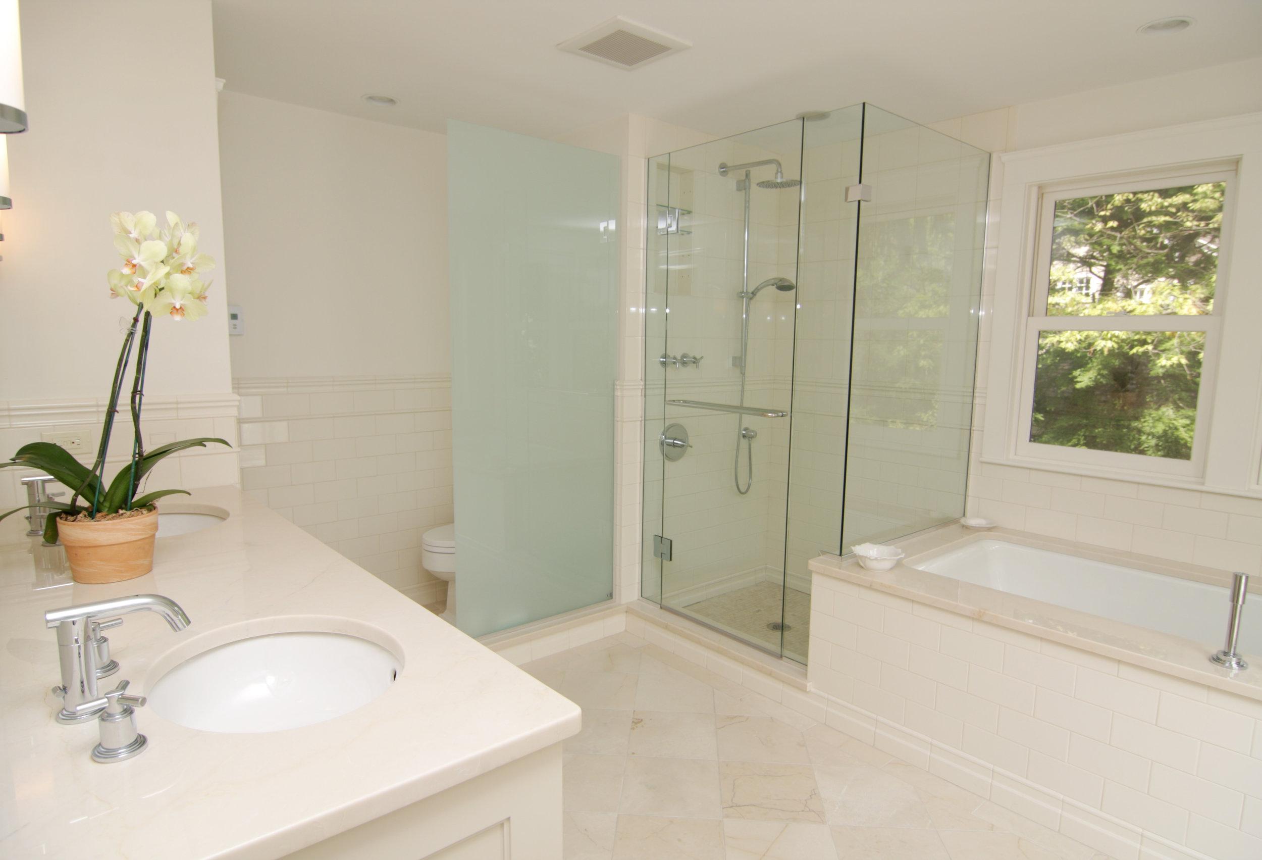 Fine-Bathroom.jpg