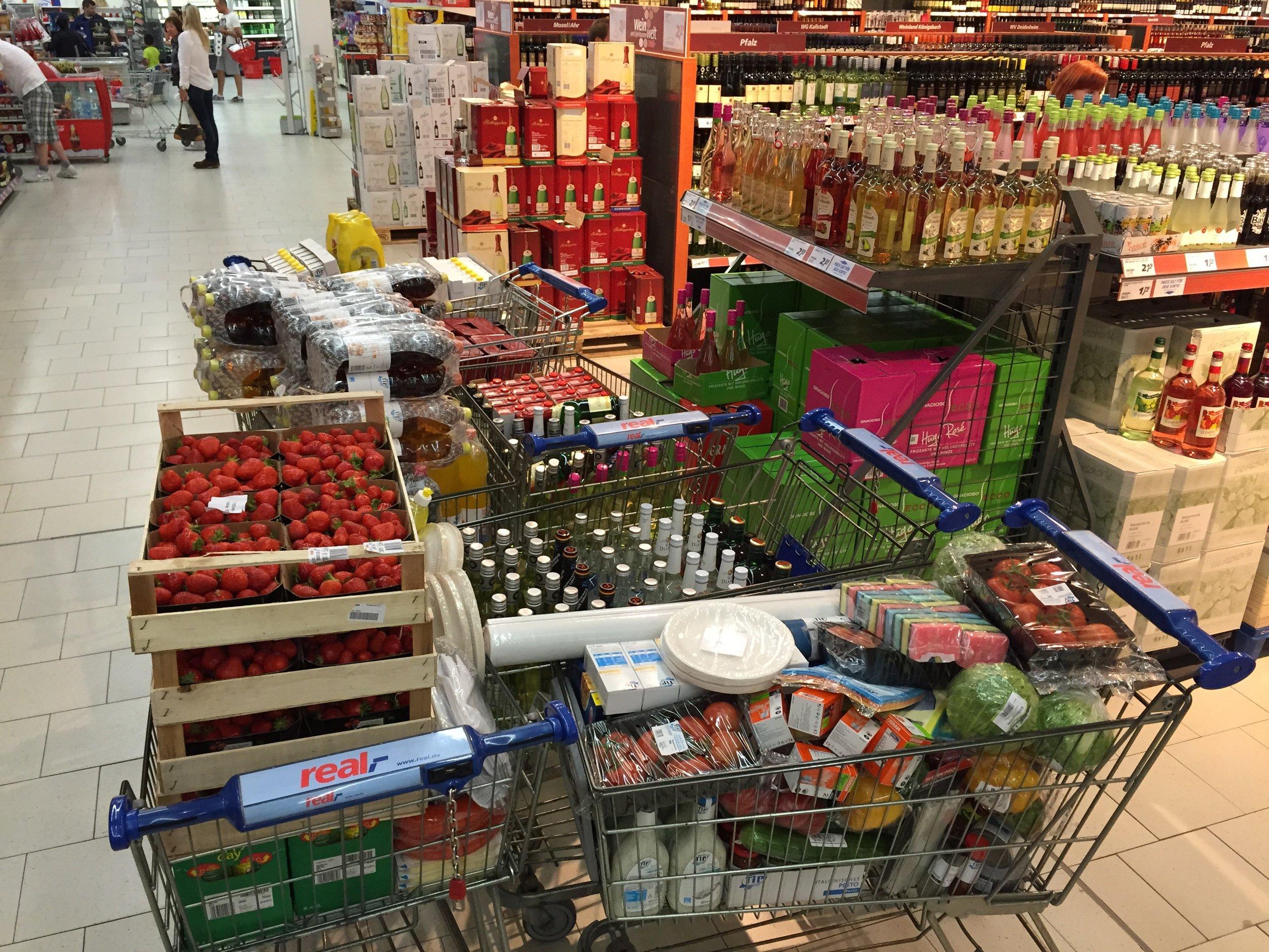 Einkauf für Sommerfest 2015