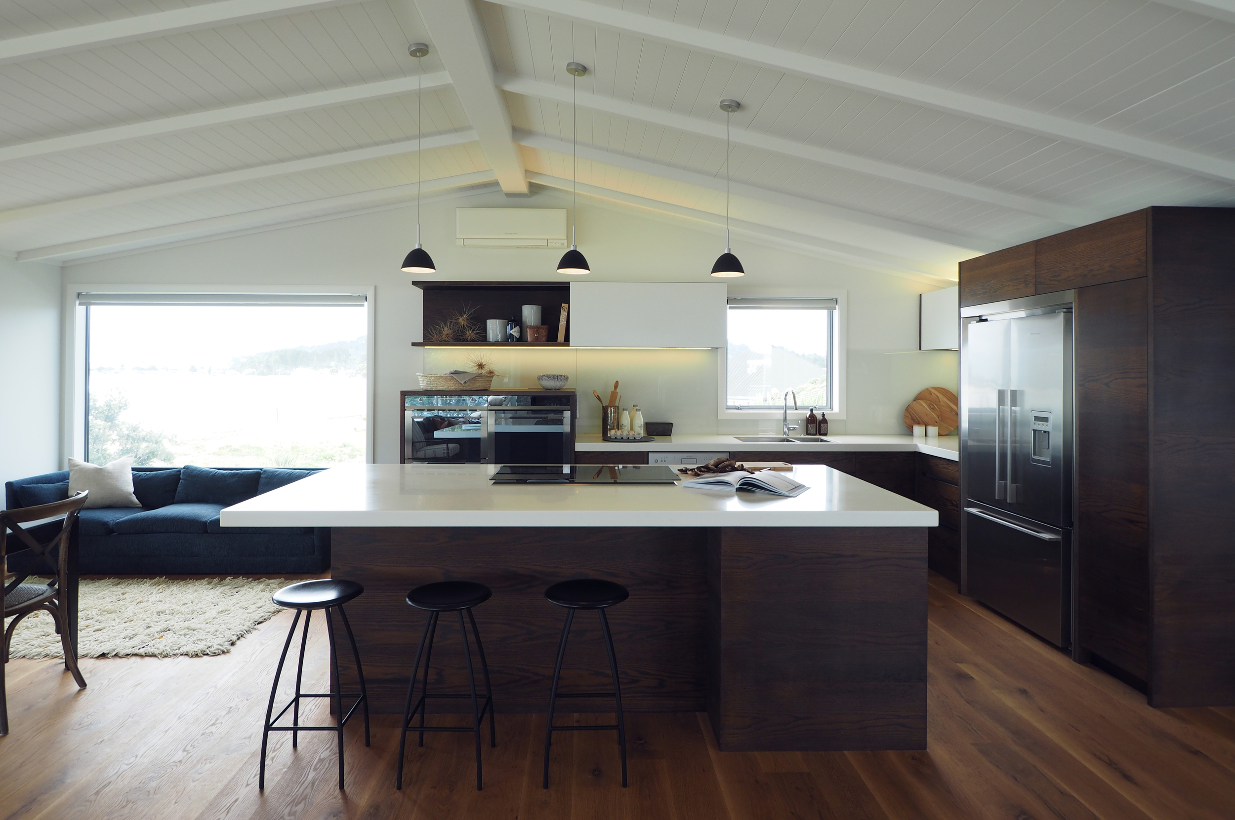 Sonya Cotter Interior Design - Beach Kitchen House Design