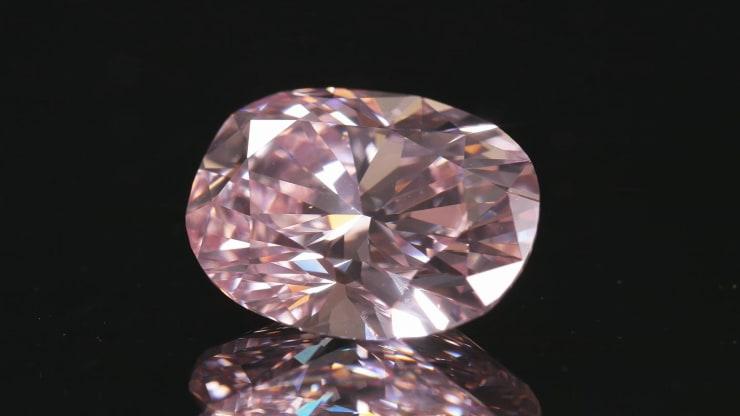 A rare 5 carat pink diamond by L.J. West Diamonds (image courtesy of CNBC)