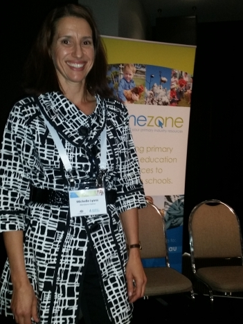 Michelle Lyons at the Food & Fibre Matters conference sharing the benefits of opening the farm gates to students.