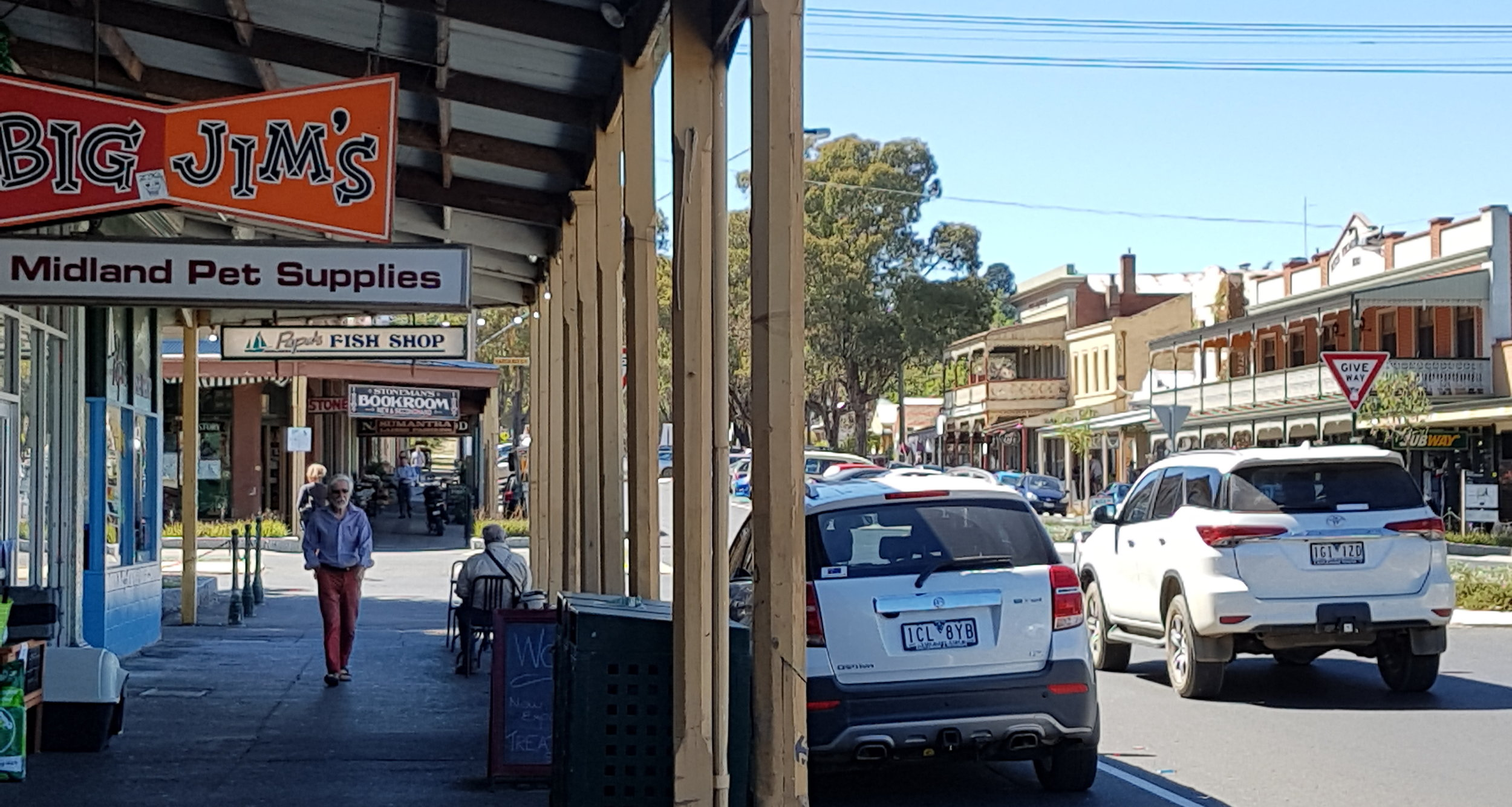 Castlemaine Streetscape 2017 cropped.jpg